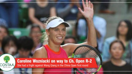 Caroline Wozniacki wobbles on way to China Open round two